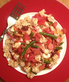A Kitchen Hoors Aedventures | Pizza Pasta Salad