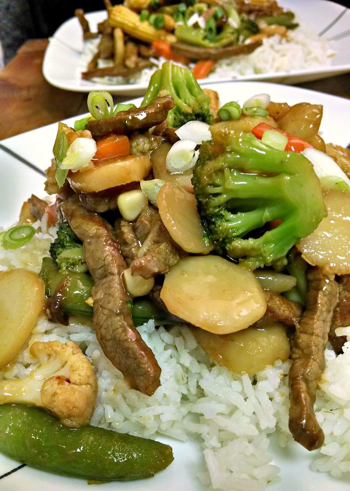 Tangy orange juice is mixed with ginger in this easy stir-fry. Spicy Orange Ginger Beef Stir-Fry is a family favorite take-in recipe.