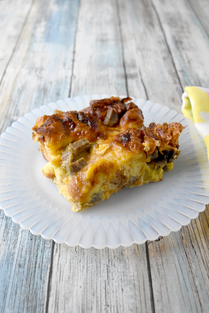 Overnight Croissant Breakfast Casserole has just a few ingredients, comes together easily, can be made ahead, and TASTES AWESOME!