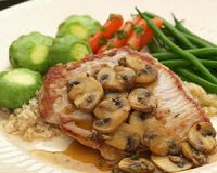Boneless Pork Chops with Mushrooms & Thyme – Eating Well