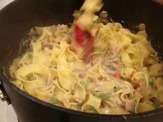 Make this stove top version of the traditional tuna noodle casserole on days when you don't really want to turn the oven on. This Stove Top Tuna Casserole has all the flavor, but requires no oven!