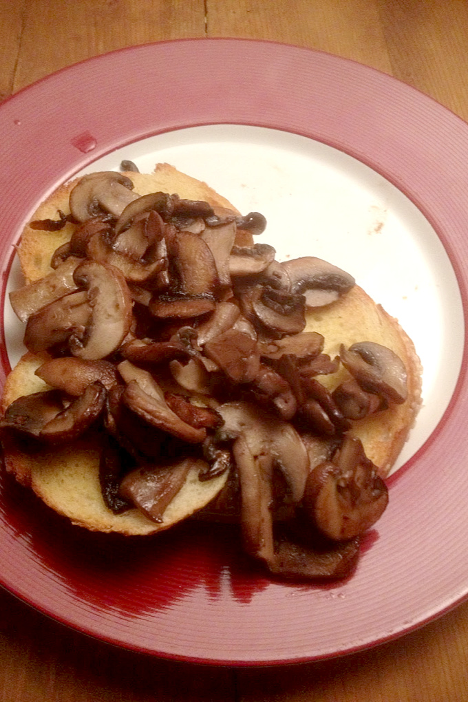Mushrooms, cheese, beer, and toast! What's not to love about this meat free Cremini Rarebit?