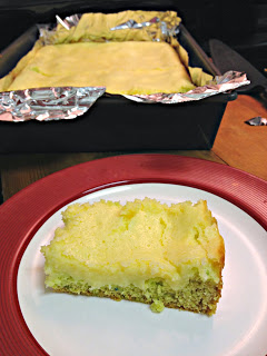 Yet another Buns In My Oven winnings creation, these Key Lime Cheesecake Bars have a cookie dough base with creamy, sweet tart key lime flavor.