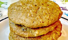 These deliciousPumpkin Oatmeal Cookies are irresistible! Make a double batch.