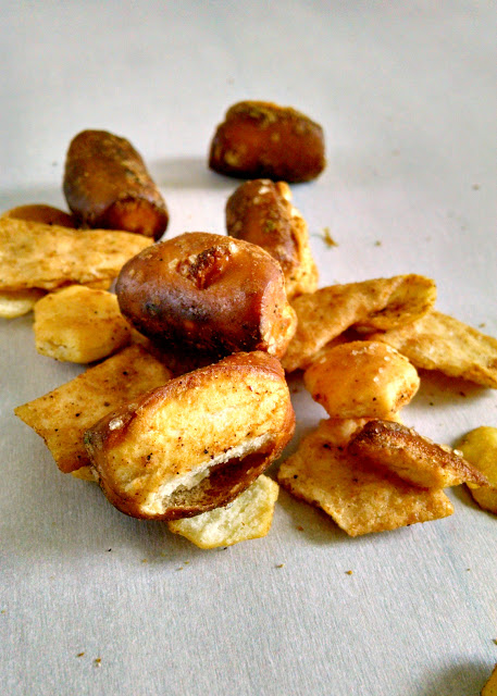 Chili Lime Pretzel Mix has that Tex-Mex flavor that kicks all over football snacks in the you know what!