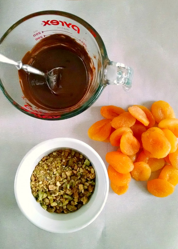 #TripleSBites - Chai Chocolate Apricots with Pistachios - Sweet, dried apricots are dipped into chai spiced dark chocolate and then coated in chopped pistachio.