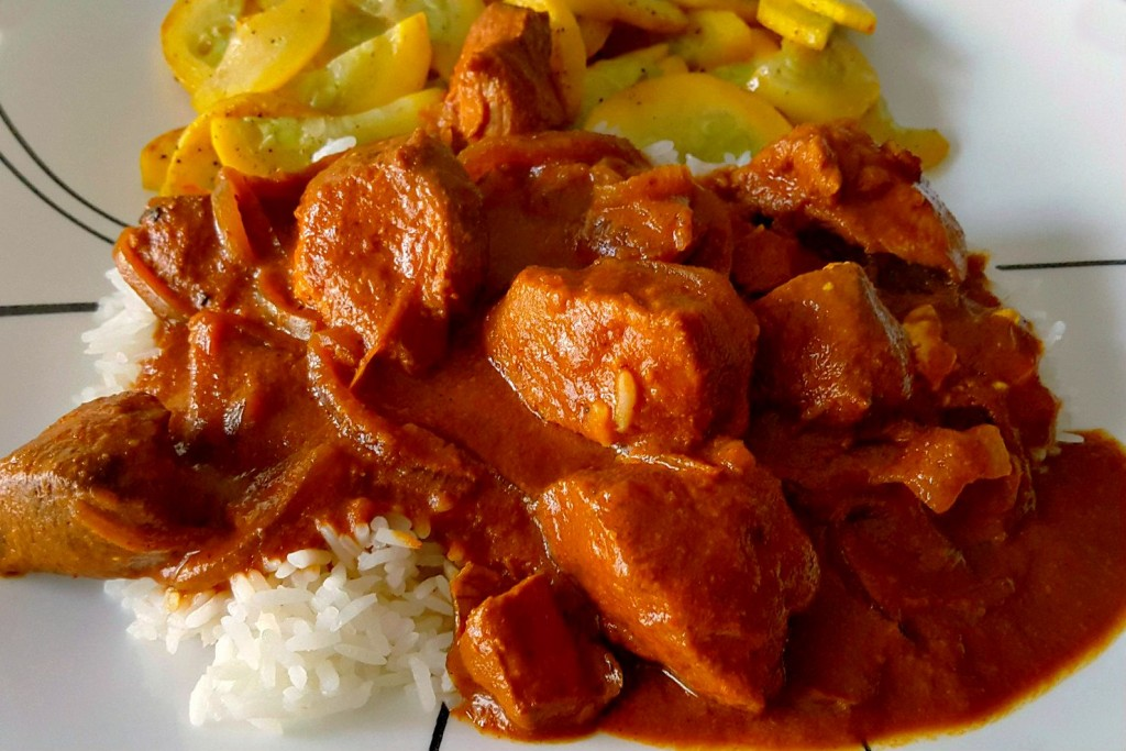 Put on some Bollywood for this Slow Cooker Butterless Butter Chicken! The aroma and flavors take you to India, so why not get in the mood with a movie, too!