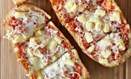 Genetic Hot Hawaiian French Bread Pizza