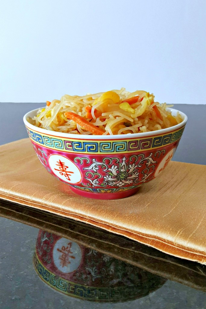 This Vegetable Pancit is a ROCK STAH! It was meant to be a side dish to some pinoy pork, but it stole the dinner show!