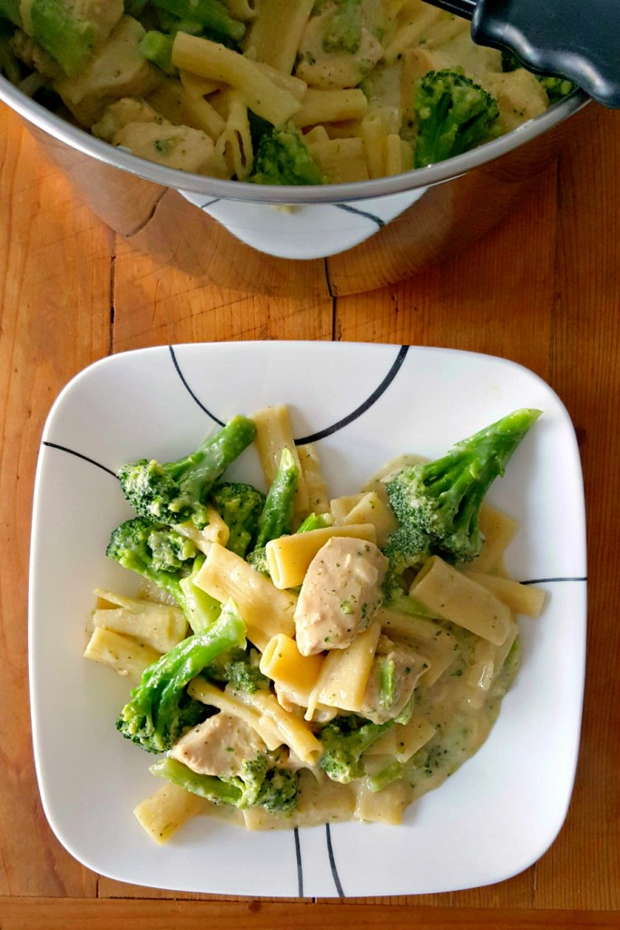 Broccoli and cheddar are the perfect combination! It's also perfect in this Green and White One Pot Pasta aka Broccoli Cheddar Chicken Pasta; a one pot meal on the table super quick!