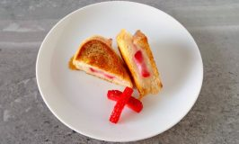 Strawberry Brie Grilled Cheese Bites