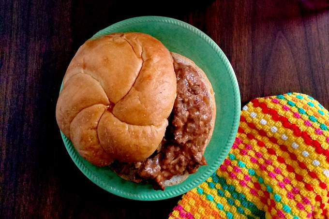 Lasagna Joes have the creamy goodness of lasagna in a quick and delicious sloppy joe recipe. They're a quick and easy lunch or dinner your family will love.