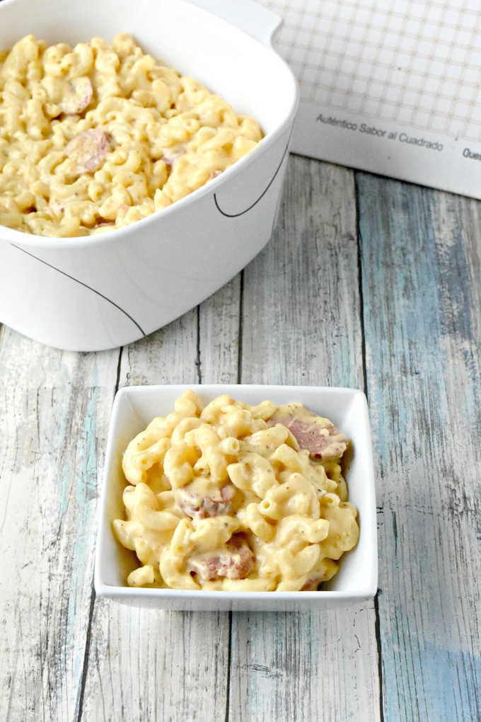 Beer and Brats Mac n Cheese has three kinds of cheese, craft beer, and delicious bratwurst sausages. Since the flavor of the Queso Mahon-Menorca cheese pairs well with a nice craft beer I wanted to combine the two into a delicious and hearty macaroni and cheese. #mahónmenorcacheese #cheesefromspain #eurocheeses