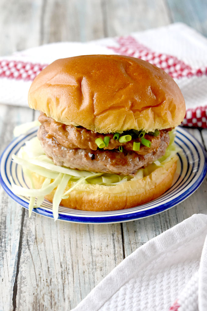 Satay Burger with Tamarind Fig Peanut Sauce has a juicy pork patty topped with a complex tamarind fig satay sauce that's irresistible! The sweet tamarind and fig is paired with the salty soy and oyster sauces with a kick of ginger. #BurgerMonth #BurgerMonth2019