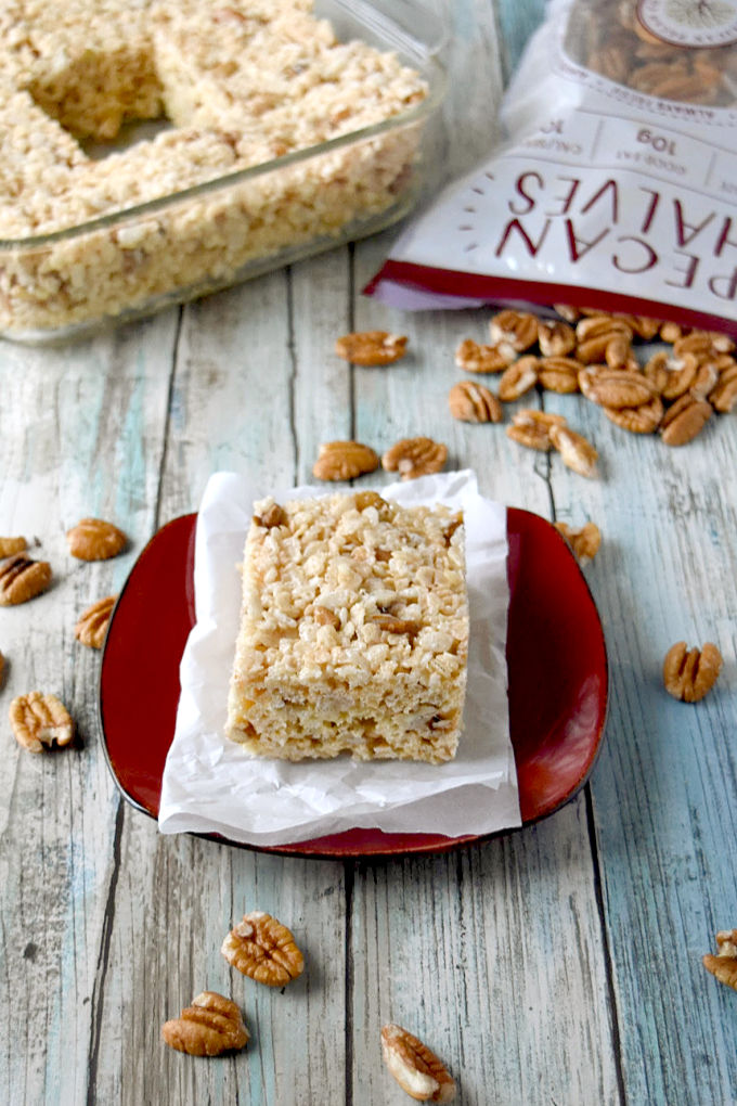 Maple Butter Pecan Rice Krispie Treats are the be all end of all of rice krispie treats. They have so much fall flavor in them, you can almost smell the leaves in the air. #FallFlavors