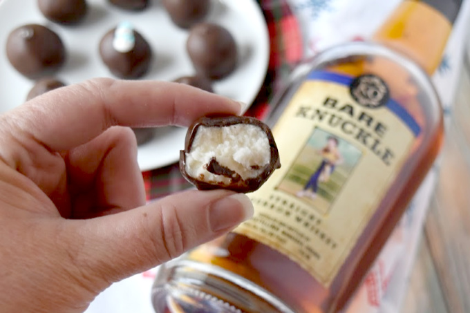 With only four ingredients, these Bourbon Balls are a family favorite recipe for not only the holidays, but also for your Derby party, too! #ChristmasSweetsWeek