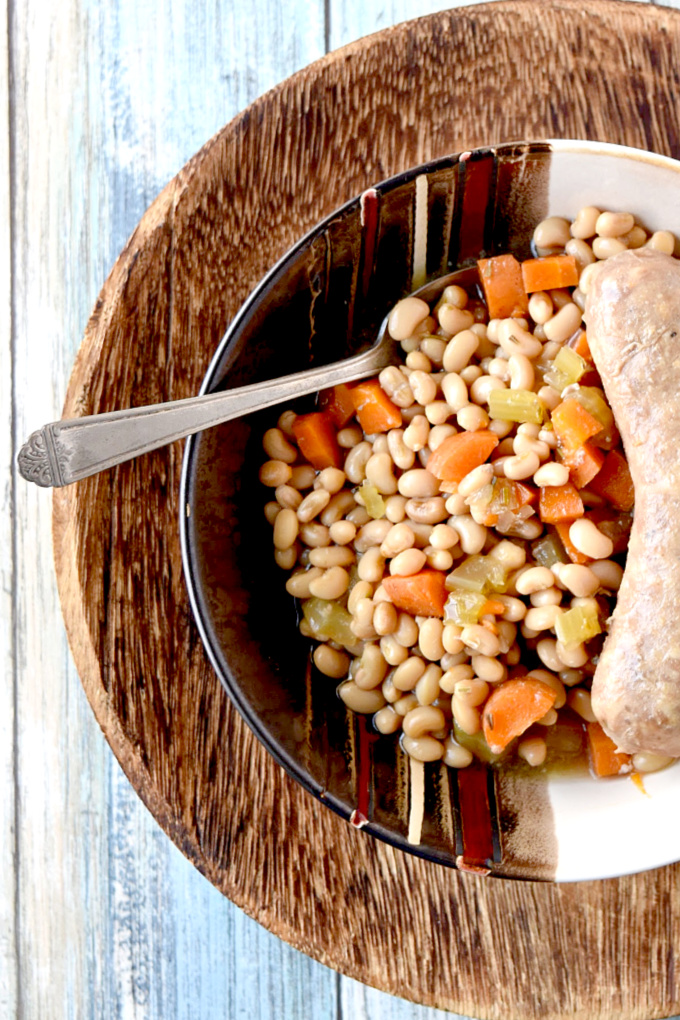Delicious Lady Cream Peas are used in place of white beans for a twist on the classic casserole.