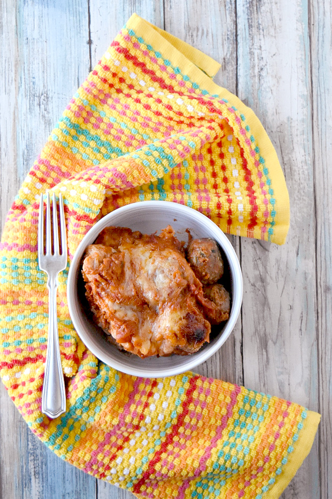 Bubble Up Meatball Parmesan has a biscuit base, Italian meatballs, marinara, and delicious cheese. It's a fun, family friendly bubble up recipe that you can whip up easily.
